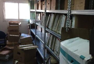 מדפים לציוד משרדי עם ארגזים