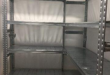 תמונות של מדפים במחסן עם מדפים בגובה