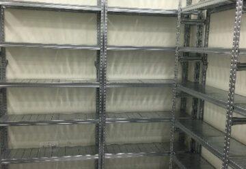 מדפים מודולריים למחסן בצורת ח