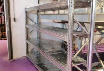 מדפים מודולריים למפעל בליסיה