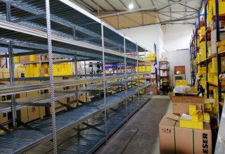 מדפים מודולאריים לעומס כבד למחסן גדול בצפון