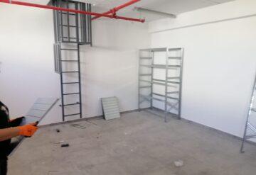 דוגמא של מדפים מודולריים במחסן 3